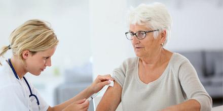 Santé : l'importance des vaccins pour les seniors