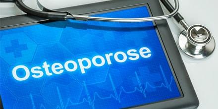 Ostéoporose : nombre de fractures en hausse et déclin de la prise en charge