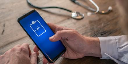 Santé : La Poste lance un carnet de santé numérique gratuit