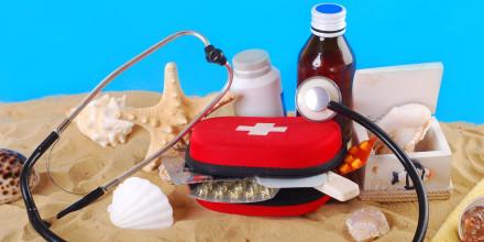 Santé : la trousse à pharmacie idéale de vos vacances