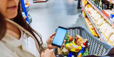 Santé : BuyOrNot, ScanUp et AllergoBox, trois applis pour nous aider à mieux consommer