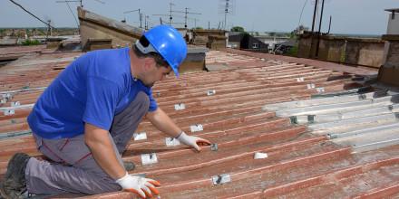 Assurance construction : des milliers de propriétaires et d'artisans menacés par la faillite d'assureurs étrangers