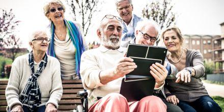 Mutuelle senior : les pièges à éviter lors de la souscription